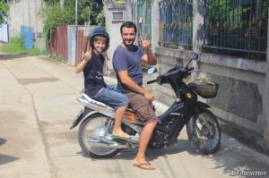 Ishi & Marc en Moto en Mae Sot
