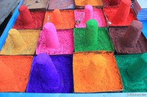 Pigmentos de colores en Pushkar