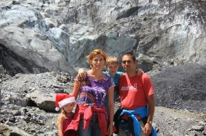 La familia en el Glaciar Franz Josef